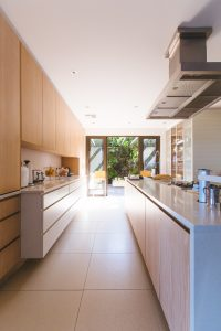 A light and airy kitchen, an idea to consider when thinking about how to plan a kitchen extension